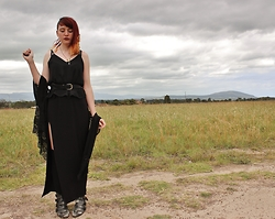 Sarah W. - Kmart Maxi Dress, Free People Winklepickers, Missguided Kimono, Rehab Singlet - Summer Storm