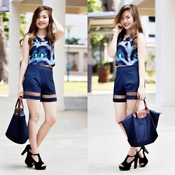 Anico Hanna G - Vanitychickshop Crop Top, Ilovenlclothing Mesh Shorts, Longchamp Bag - Touch of Blue