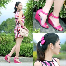 Emafe Rice - Shopaholic Dress, Emsexcite Quilted Bag, Lower East Side Pink Wedges, Hair Clip, Stud Earrings - So Girly