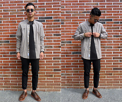 Dan Pantoja - I Love Ugly Mini Checkered Shirt, Topman Smart Cropped Jogger Pants, Clarks Wingtip Brogues - STICKS AND STONES Δ