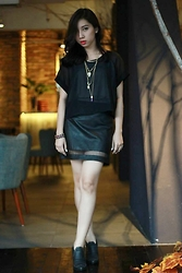 Rehana Silver - Uniqlo Black Sheer Top, Forever 21 Mesh Skirt, H&M Boots, New Look Necklace - Fireproof