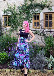 Lilly Pink - Vintage Floral Skirt, Black Keyhole Top, Special Effects Pink Hair - Dark Floral