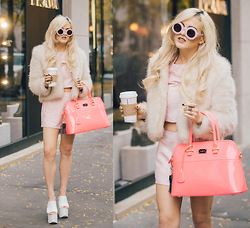 Rachel Lynch - Wildfox Couture Pink Sunglasses, Unif White Fur, Motel Rocks Daisy Pink Two Piece Playsuit, Paul's Boutique Barbie Pink Bag, Yru White Platforms - Pink and Blonde