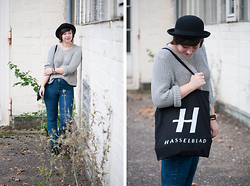 Lisa S - Hasselblad Totebag, H&M Hat - Disturbed - Down with the Sickness.