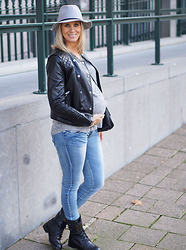Chris - Supertrash Melody Boots, Maison Scotch Hat, Costes Fashion Top, H&M Biker Jacket - Outfit City Chic