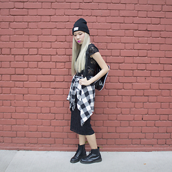 Juju Tan - Zara Beanie, Wego Check Shirt, Dr. Martens Boots - Road Kill