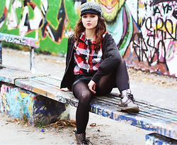 Larissa (Larz) May - Dr. Martens Boots, Nordstroms Flannel, Wildfox Couture Sunglasses - BERLIN PUNK ROCK STYLE