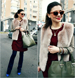 Mariia Shtanko - Bvlgari The Gold Necklace, Accessorize Cateye Sunglasses, Bell Bottom Pants, New Look Heels, Topshop Fur Vest, Zara Jumper, Accessorize Shopper Bag, Burgundy Dress - Like an Arab woman