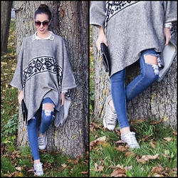 Caterina Catalano - Zara Poncho, Choies Ripped Denim, Converse Chucks, Stella Mccartney Clutch, Zara Bluse, Michael Kors Watch - Grey and Denim