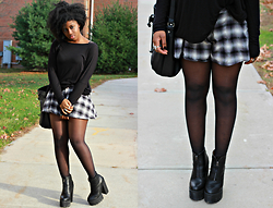 Kells E - Unif Plaid Skort, Gojane Dolman Sleeve Top - Plaid Girl