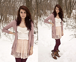 Emily Perkovich - American Eagle Rose Slouchy Open Front Cardigan, Forever 21 Blush Lace Knife Pleat Skirt, Forever 21 Fair Isle Tights, Charlotte Russe Floral Fold Over Boots - 01312014