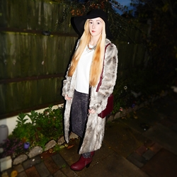 Isobel Thomas - Primark Faux Fur Maxi Coat, Primark Burgundy Box Bag, New Look Burgundy Buckled Ankle Boots, H&M Black Acid Wash Jeans, New Look White Box Top, Primark Black Floppy Wool Hat, George At Asda Crystal Stone Statement Necklace - Faux Fur Forever ♡