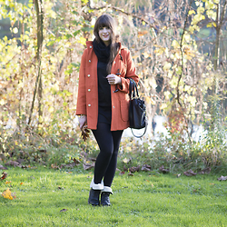 Andrea Funk / andysparkles.de - Asos Dress, Liebeskind Bag, Rieker Boots - Last Autumn Days - Orange Dufflecoat