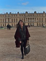 Rita Jesus - New Look Poncho, O'bag - Poncho in Versailles