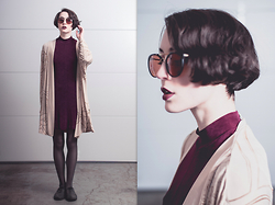 Ama Hatheway - 1970's Burgundy Sunglasses, 90's Vintage Bias Cut Burgundy Dress, Vintage Nude Cardigan Kimono, Miss Me? Thin Black Vegan Reptile Skin Oxfords, Portland Black Lipstick Company Undead Red Burgundy - ::: Playera :::