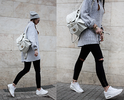 Endzel -  - Gray sweater