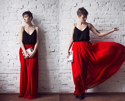 Natalie K - Charlotte Rouge Skirt, Zara Top, How To Be Parisian Book - How to be parisian...