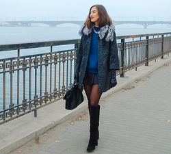 Irina Fedorova - Love Republic Coat, Love Republic Gloves, Zara Boots, Zara Bag - Foggy