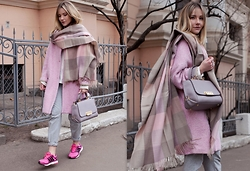 Victoria Platina - Fashion Confession Scarf, Fashion Confession Coat, Adidas Sneakers, Zac Posen Bag - Pink mood