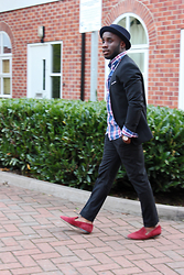 YinkaJermaine - Topman Pork Pie Hat, Dune Dress Slippers, Asos Lapelless Blazer, Abercrombie & Fitch Plaid Flannel Shirt - How to Dress Simply Casual