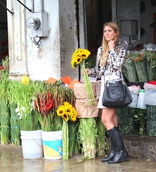 LindaFer Ruiz - Gucci Bag, Massimo Dutti Water Boots, Forever 21 Skirt, Topshop Water Coate, Topshop Blouse - Saturday flowers