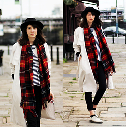 Nora Aradi - Choies Hat, Zara Shirt, Chic Wish Scarf, Dr. Martens Boots, Pull & Bear Jeans - All that's left