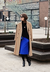 Midheta Agic - Koton Skirt, Zara Sweater, Zara Shoes, Bhs Coat - OVERSIZED