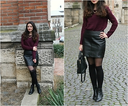Emi Nita - Mango Ankle Boots, H&M Sweater - Leather skirt