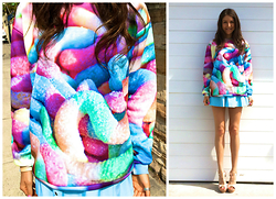 Aley Greenblo -  - Sour gummy worm sweater