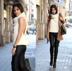 Adriana Gastélum - Oasap Trench, Windsor Open Back Turtleneck, Express Faux Leather Leggings, Guess? Open Toe Booties, Coach The Borough Bag - Unexpected