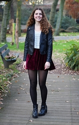 Janine De Bart - Forever 21 Fake Leather Jacket, Ebay Dark Red Velvet Skirt, Brandy Melville Usa Lace Top, Invito Black Booties - Grandma's Birthday
