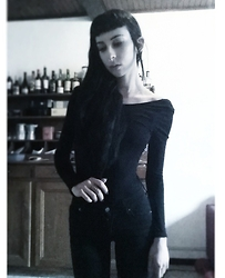 Placide Avantia - H&M Bodysuit, Cheap Monday Black Jeans - Blvck.