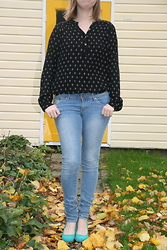 HMLovur - H&M Blouse, H&M Skinny Jeans, Scapino Pumps - Just another yellow leave