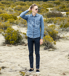 Oliver Lips - Garrett Leight Sunglasses, Esprit Denim Shirt, Denim Jeans, Slip On Sneakers - Double Denim