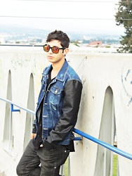 Ian Vingo -  - Leather