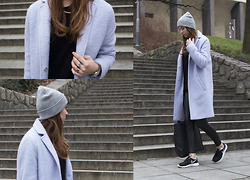 Veshion Life - F&F Coat, Lindex Sweater, Primark Beanie, Topshop Bag, Topshop Leather Pants, Nike Sneakers - Put the sneakers on