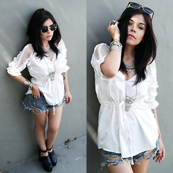 Priscila Diniz - White Top, Ripped Denim Shorts, Sunglasses - Life itself is the most wonderful fairy tale