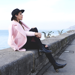 Alison Liaudat - Soft Grey Pink Coat, H&M Ripped Jeans, Zara Chelsea Boots, May Moma Ear Cuff, H&M Black Hat - Not girly