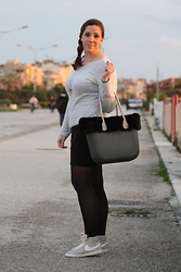 Angelica Giannini - H&M Pencil Skirt, H&M Pull, Nike Blazer, O Bag By Fullspot Borsa - My personal sporty-chic look