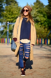 Patricia Ferreira - Mango Camel Cardigan, Diy Ripped Jeans, Adidas Sneakers - Camel, blue & Burgundy