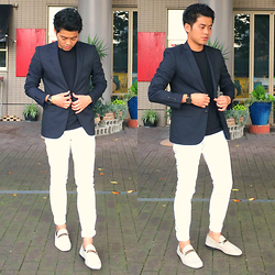 Mickie Cantor - Zara Basic Navy Blazer, Gap Slim Fit Denim, Gucci Horsebit Suede Loafer - Something Classy