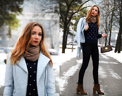 Anna Gotsyk - Oasis Jacket, Oasis Sweater, Louis Vuitton Bag, Calvin Klein Jeans, Zara Boots, Parfois Scarf - Walking through Winter