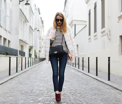 Caroline Louis - Talley Nyc Jeans - The high waisted jeans and faux fur coat