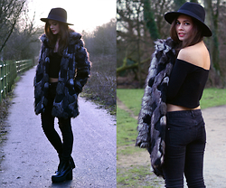 Frances Coyne - Fashion Union Faux Fur Coat, Asos Textured Bardot Crop Top, H&M Cleated Sole Platform Boots, New Look Black Multi Ripped Skinny Jeans, Primark Black Fedora - New Look Denim part two.