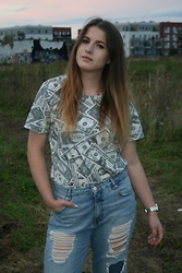 AMESSYGAL G. - Local Heroes T Shirt, Pull & Bear Boyfriend Jeans - I got dollars on my mind