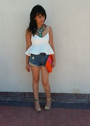 Kayleigh Chanyan - White Peplum Top, Ripped Shorts, Steve Madden Coloured Heels, Colour Block Clutch - Casual chic