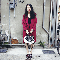 Zi Qiang -  - OUTFIT《 MARJORIE 桃紅色 》