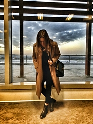 Merve - Park Bravo Coat, Hotiç Bag, Derimod Shoes - Long waiting