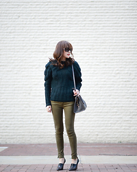 Diana Z Wang - Ports1961 Cable Knit Sweater, Zara Skinny Jeans, Stella Mccartney Wood Wedges, Saint Laurent Handbag - Can you imagine this look with shearling boots?