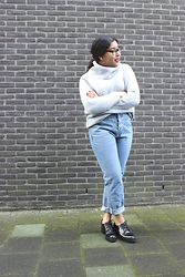 Savannah Giersthove - Primark Jumper, River Island Mom Jeans - Knits and Jeans